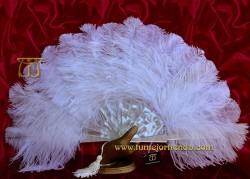 Abanico de nacarina y plumas, Mod. ÁGATHA