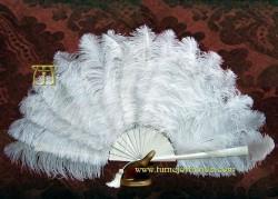 Abanico pericón de plumas